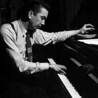 Theselius, Gösta – tenorsaxofonist, pianist, arrangör, kompositör