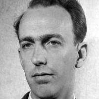 Lundén-Welden, Gunnar – alt-, tenor- och barytonsaxofonist, klarinettist, kontrabasist, arrangör, kompositör, orkesterledare