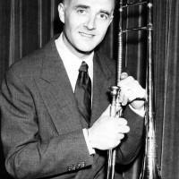 Vernon, George – trombonist, sångare