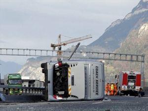 MarcusMiller-injured-in-swiss-bus-crash-300x225