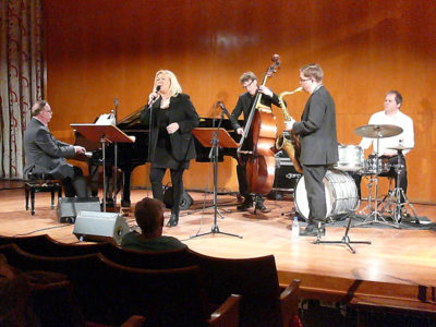 Monica Borrfors & Gösta Nilsson Trio med Fredrik Lindborg. Foto:  Tor-Björn Lyrhed