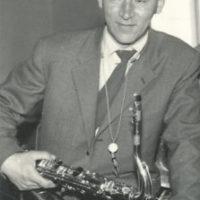Löwå, Dag – tenorsaxofonist, altsaxofonist, klarinettist, orkesterledare
