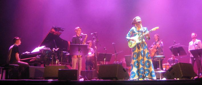 Fatoumata Diawara & Stockholm Art Orchestra. Foto: Patrik Sandberg