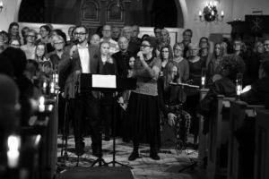 Anders Mårtensson, Almaz Yebio och Gospel Voices. Foto: Lasse Seger