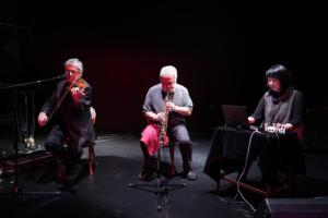 Mark Feldman, Evan Parker och Ikue Mori (Miller's Tale) på Fylkingen