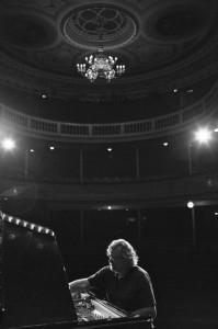 Pianostämmare Inge Dahlin