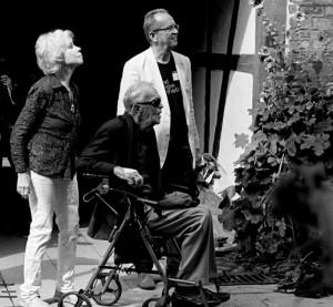 YSJF hyllar Svend Asmussen 100 år. Och som en rejäl överraskning dyker Svend Asmussen med fru Ellen Bick Asmussen upp i publiken!